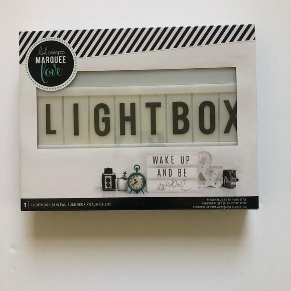 HEIDI SWAPP LIGHT BOX   NEW IN PACKAGE